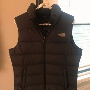 North face black 700 power down vest